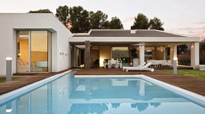 Casa gora estilo minimalista vic projects espa a for Casas tipo minimalista