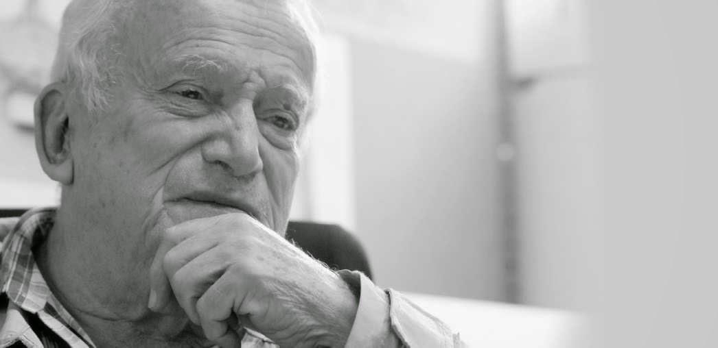 Biograf a vida y obras de arquitecto fruto vivas premio for Arquitectos reconocidos