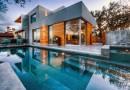 Casa moderna con vistas a Austin by Dick Clark Architecture, Texas.