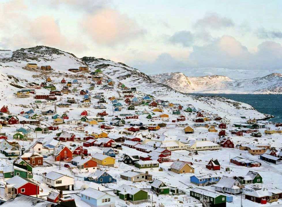 arquitectura-casas-Qaqortoq-Groenlandia-Danmark-ciudades-de-cuentos