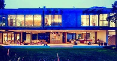 casa-contemporanea-Casa-A-B-brasil