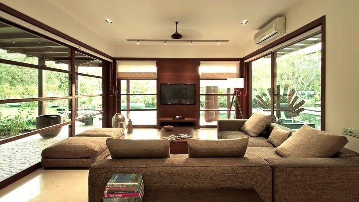 salon-Courtyard House / Hiren Patel Architects, India
