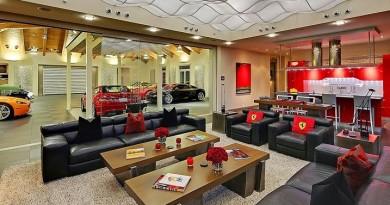 decoracion-interior-casa-contemporanea-inspirada-en-Ferrari