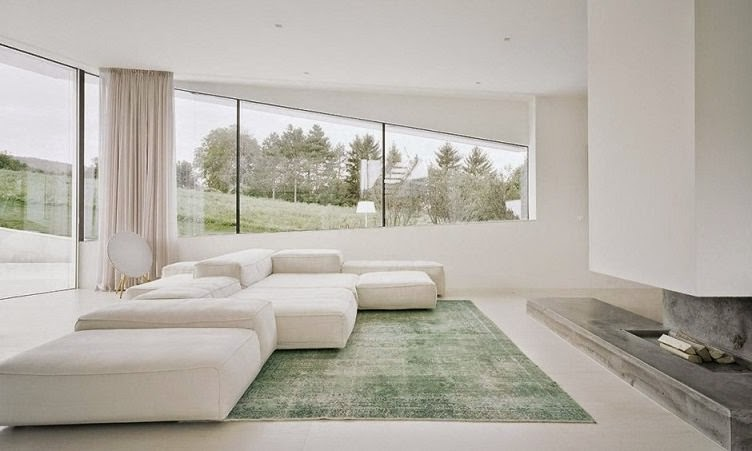decoracion-minimalista-salon-blanco-chimenea   ArQuitexs