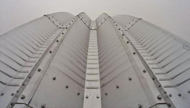 paneles-casa-arco-arquitectura-diseno-eficiente-sostenible-New-York
