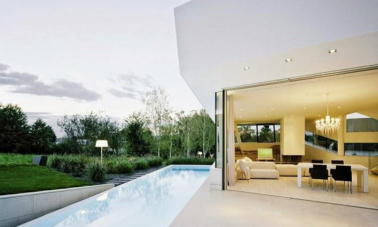 Casa minimalista freundorf project a01 viena austria for Casa minimalista con alberca