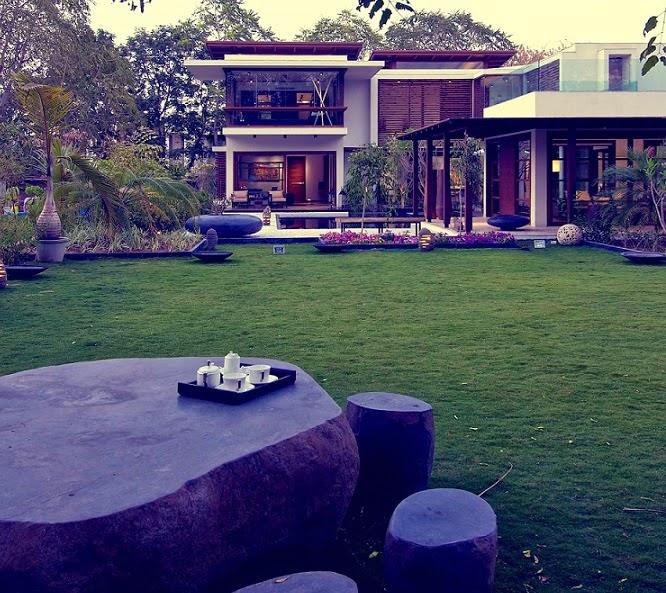 Casa courtyard inspiraci n hindu hiren patel - Maison courtyard hiren patel architects ...