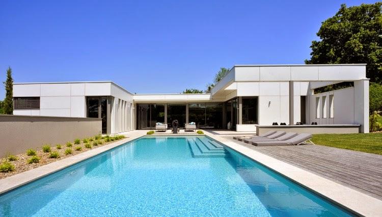 casa-de-lujo-con-piscina-francia