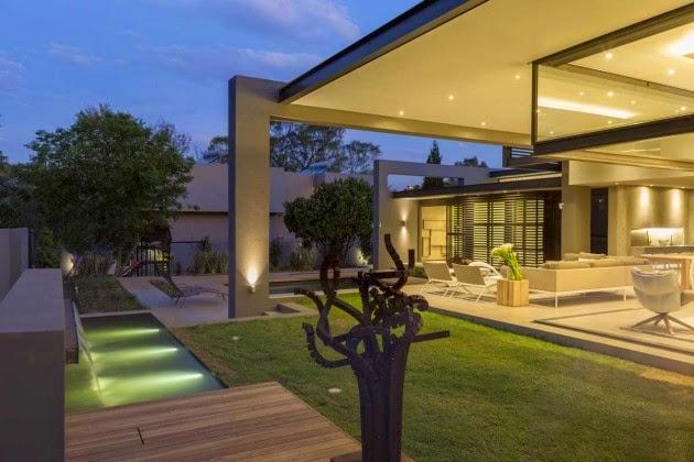 terraza-piscina-casa-de-lujo