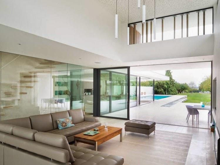 Minimalista y sostenible la casa del r o por selencky for Diseno de jardines minimalistas para casas