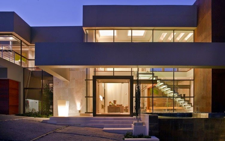 House in Bryanston by Nico Van Der Meulen Architects
