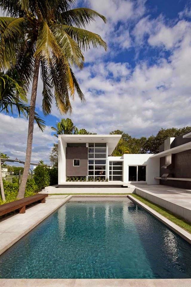 arquitectura-casa-con-piscina-florida-usa