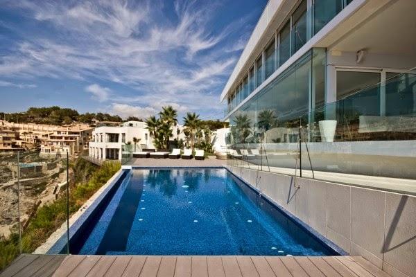 casa-con-piscina-mallorca