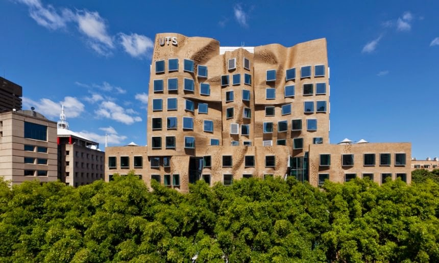 fachada-Edificio-Dr-Chau-Chak-Wing-Arquitecto-Frank-Gehry-Sidney