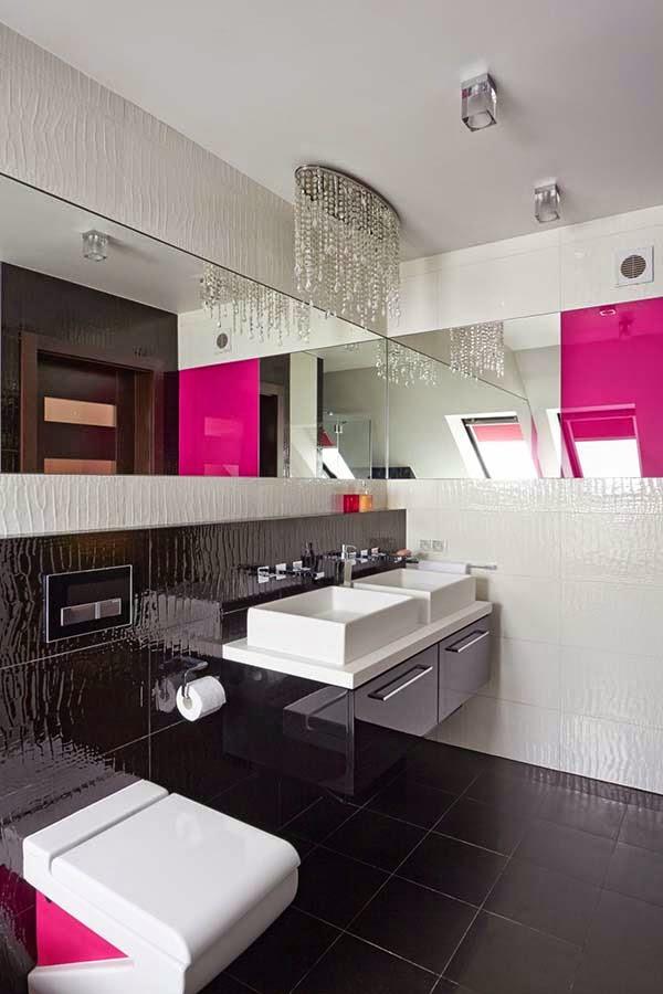 baño-color-magenta