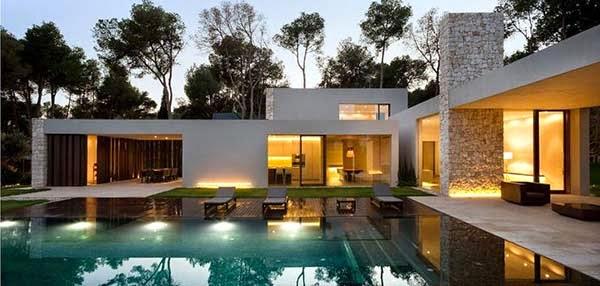 Casa el bosque de ram n esteve arquitexs for Casa decoracion valencia