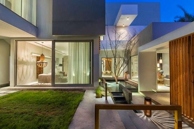 Villa amwaj una moderna casa minimalista en bahrein Pisos para exteriores de casas modernas