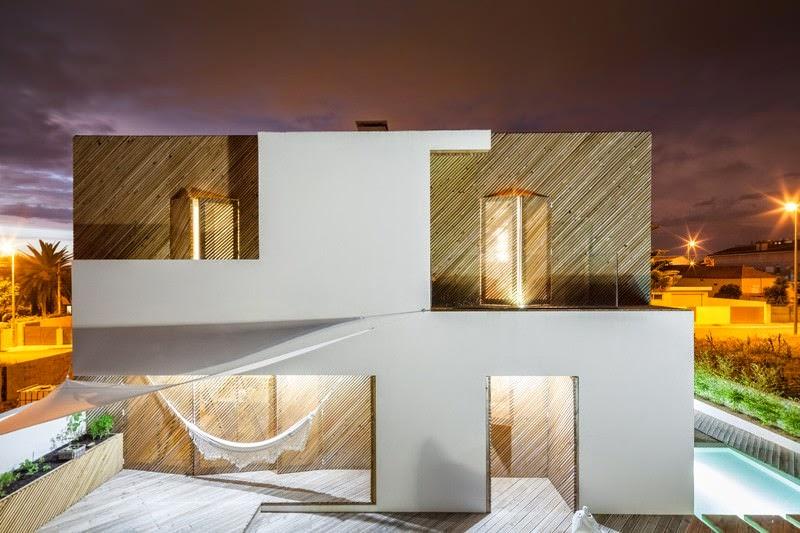 casa-contemporanea-fachada-madera