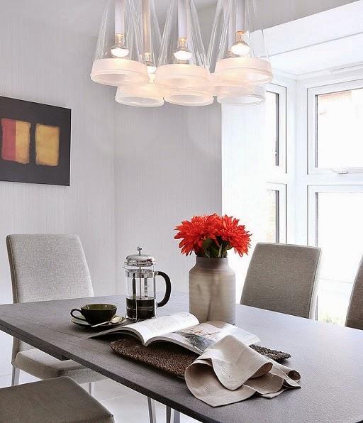 Decoración casa de familia en rojo y gris elegancia y modernidad ...
