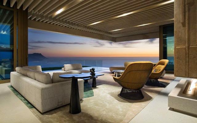 Casa moderna con vistas al mar y la monta a saota for Casa moderna en la montana