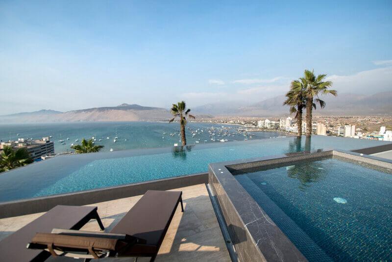 piscina-terraza-Remodelacion-casa-bahia-Ancon