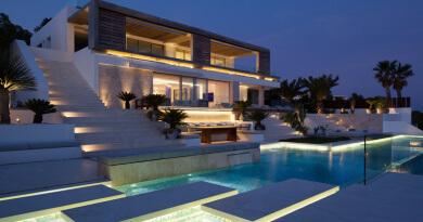 casa de lujo con piscina ibiza