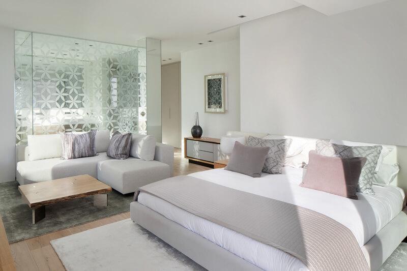 dormitorio blanco minimalista