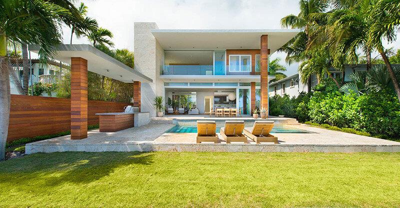 Casa moderna di lido island miami beach florida arquitexs for Casa moderna miami website