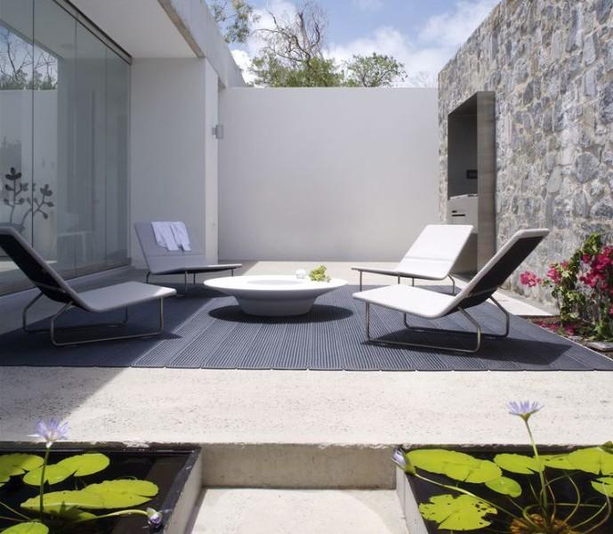 Casa-moderna-minimalista-azuris