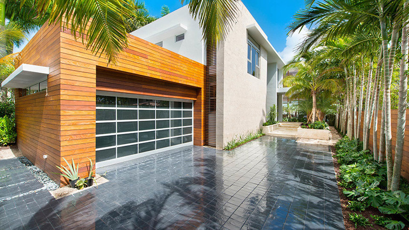 Fachada casa moderna arquitexs for Fachadas de casas en miami florida