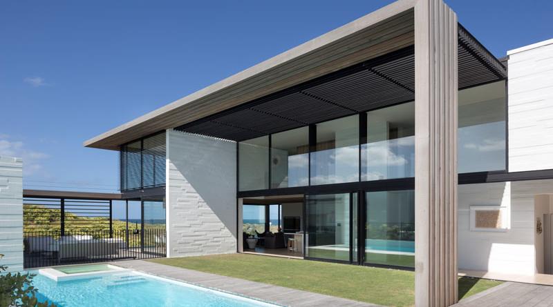 Casa de playa minimalista en nueva zelanda arquitexs for Casa minimalista roja