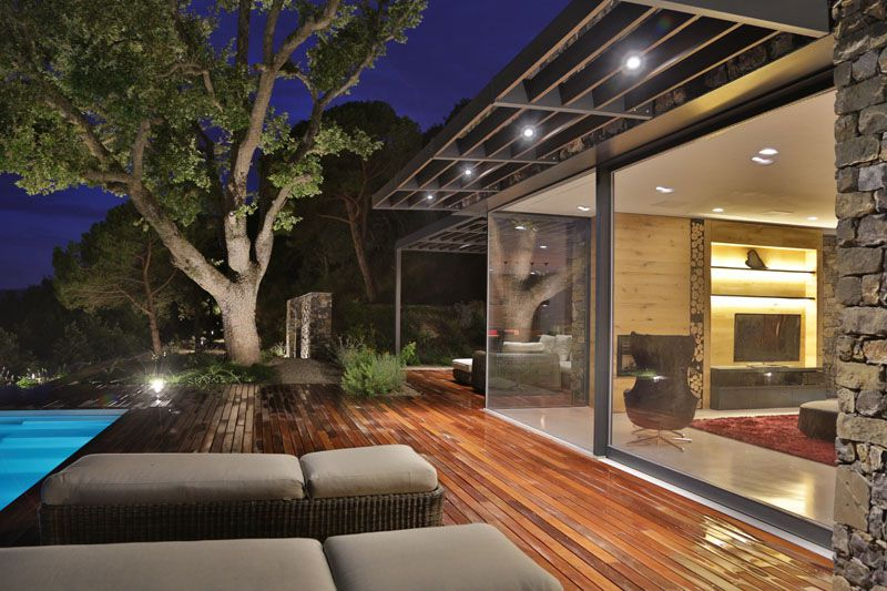 casa-moderna-revestimiento-piedra