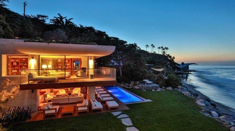 Casa con piscina en malibu los ngeles california arquitexs for Casas en alquiler en la playa con piscina