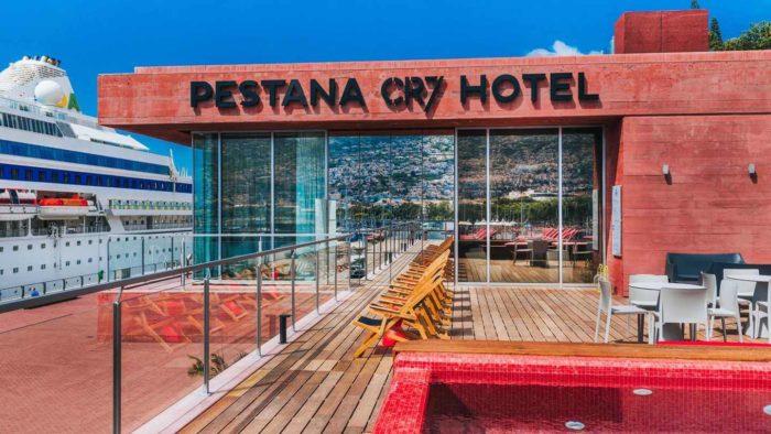 terraza-hotel-pestana-cr7-cristiano-ronaldo-lisboa