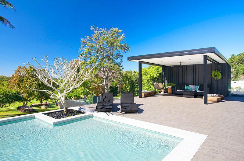 terraza-piscina-jardin