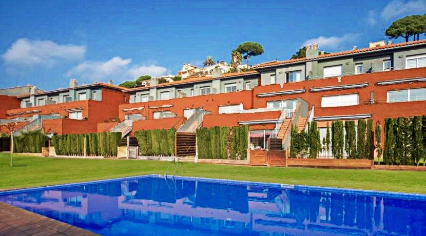 Casa adosada venta arenys de munt barcelona espana arquitexs - Casa arenys de munt ...