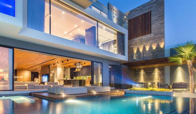 Casa moderna en las islas artificiales de bahrein golfo for Fachada de casas modernas estilo oriental