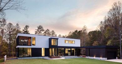 Nueva Casa Contemporánea Rodeada De árboles en Carolina del Norte